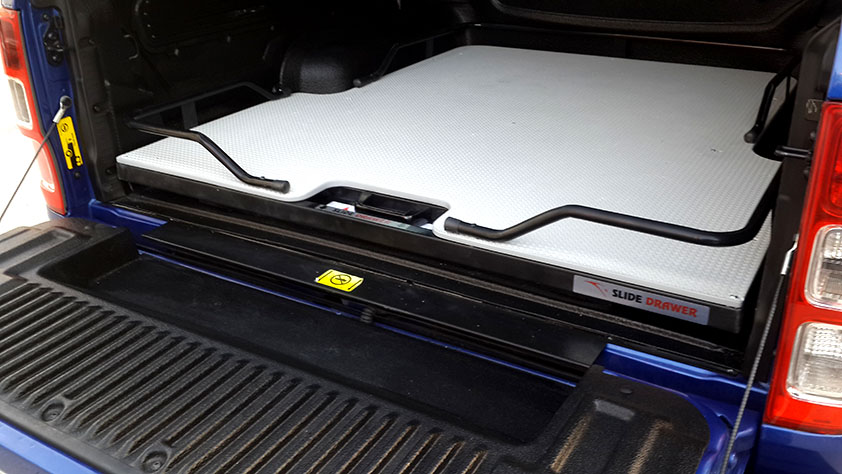 D-Max Slide-Drawer